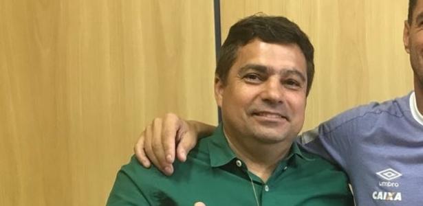 Itair Machado, vice de futebol do Cruzeiro, faz críticas ao agente de Arrascaeta