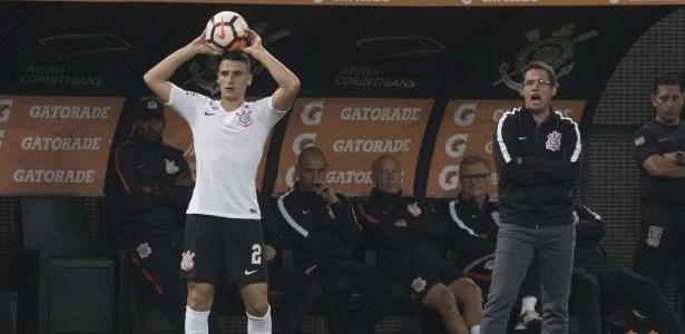 Mantuan e Osmar Loss estiveram juntos na base do Corinthians e conquistaram títulos