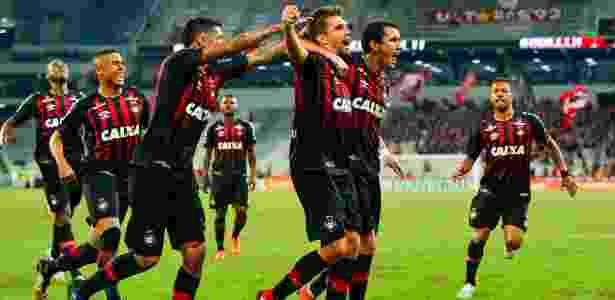 Paulo André em campo: cena deverá ser vista ao menos até o meio do ano - Jason Silva/AGIF