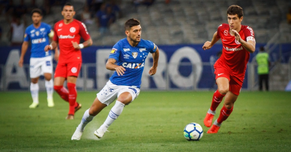 Arrascaeta, durante duelo entre Cruzeiro e Internacional