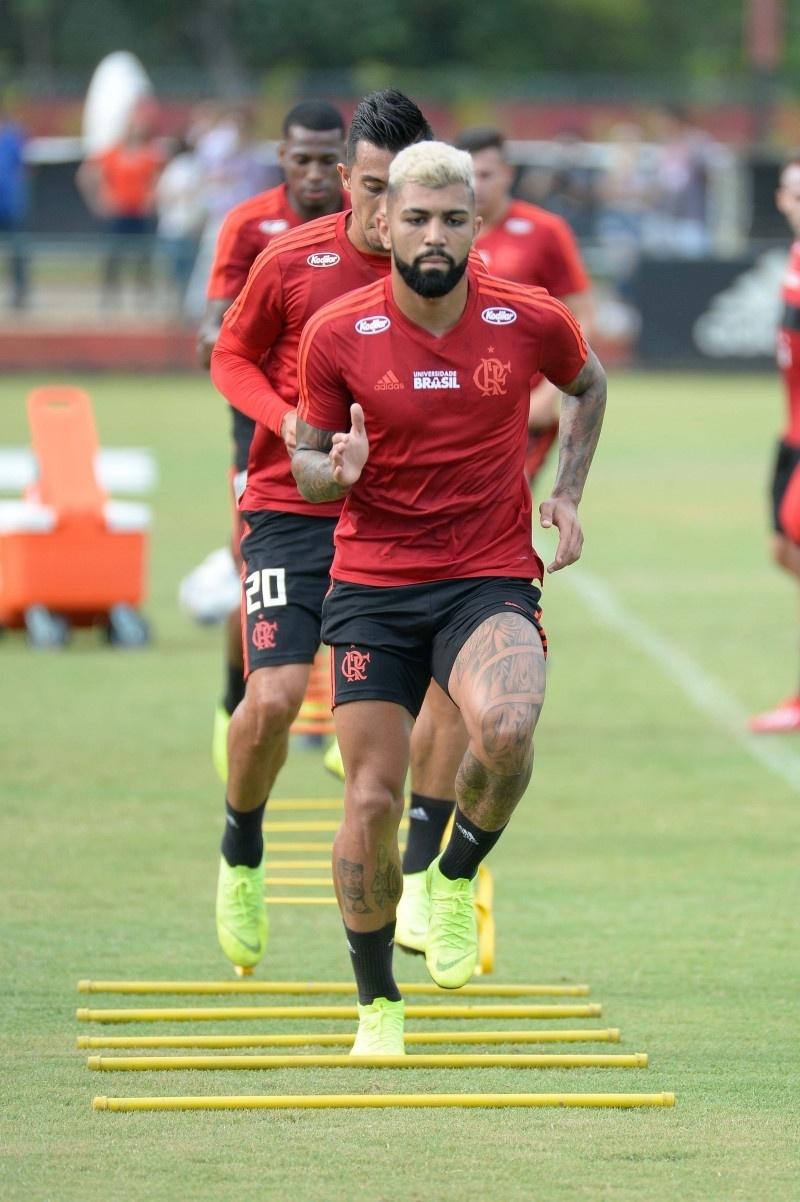 Gabigol em ação em treino do Flamengo