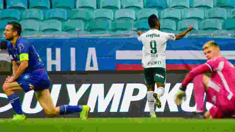 Borja comemora gol com a camisa do Palmeiras - Jhony Pinho/AGIF