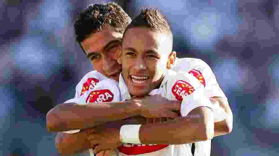 Ganso e Neymar atuaram em alto nível no primeiro semestre de 2010 com a camisa do Santos - Ricardo Saibun/Santos FC