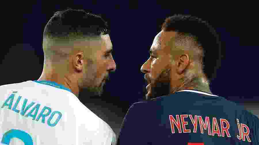 Neymar discute com Álvaro González durante PSG x Olympique de Marselha - Gonzalo Fuentes/Reuters