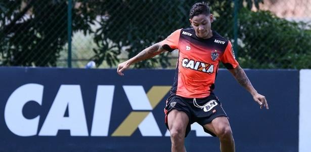 Carlos Eduardo está concentrado e relacionado para o jogo do Atlético-MG com o Racing - Bruno Cantini/Clube Atlético Mineiro