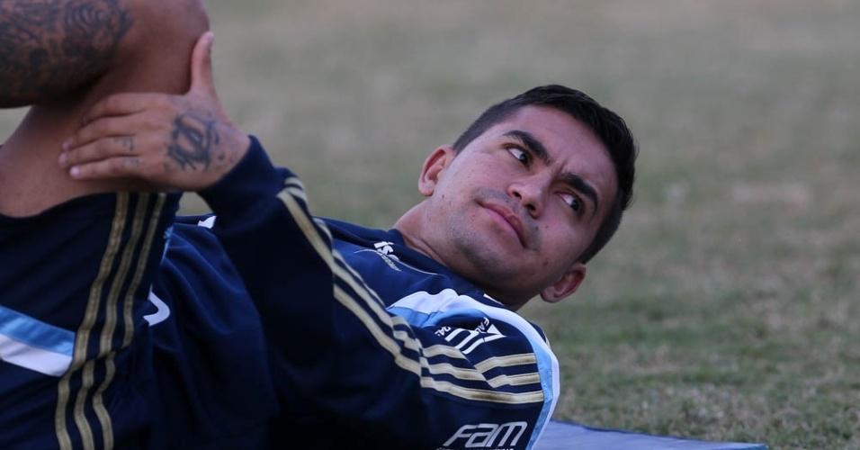 Dudu durante treino físico na Academia de Futebol do Palmeiras