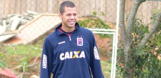 Leo Coelho tem passagem pelo Paraná