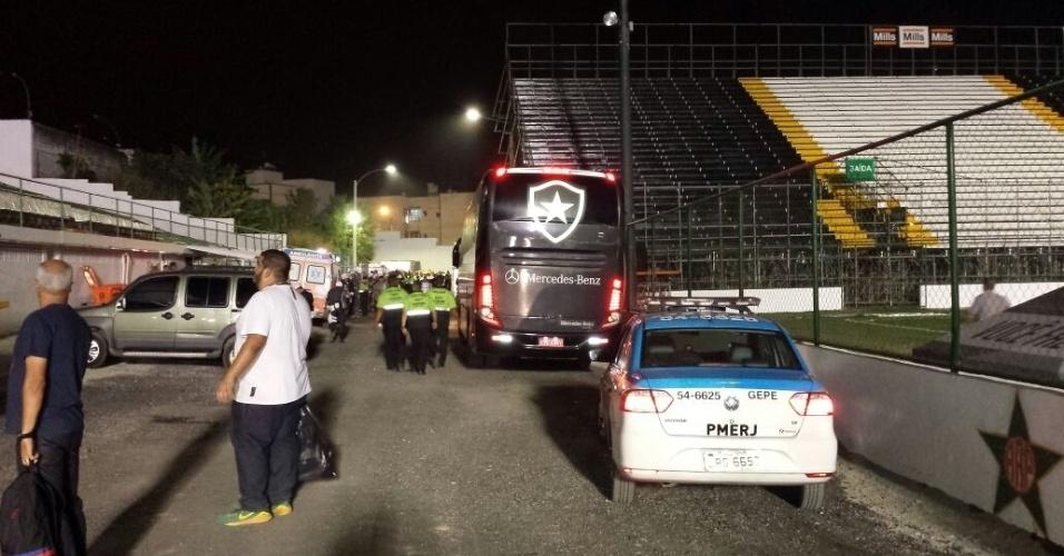 O procedimento foi o mesmo usado com a delegação do Botafogo