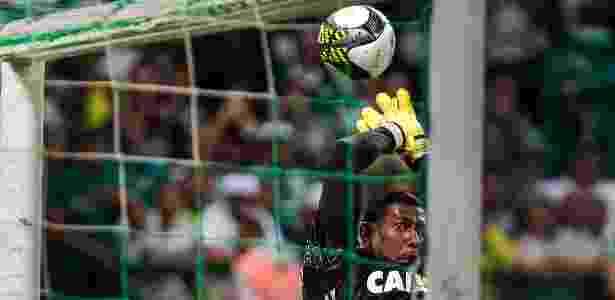 Aranha fez defesas importantes no primeiro tempo do jogo contra o Palmeiras - Ale Cabral/AGIF