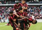 Atlético-PR bate o Vitória de virada e chega a 4 vitórias seguidas - Cleber Yamaguchi/AGIF