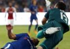 Atacante do Chelsea sofre concussão em amistoso e é hospitalizado - Damir Sagolj/Reuters