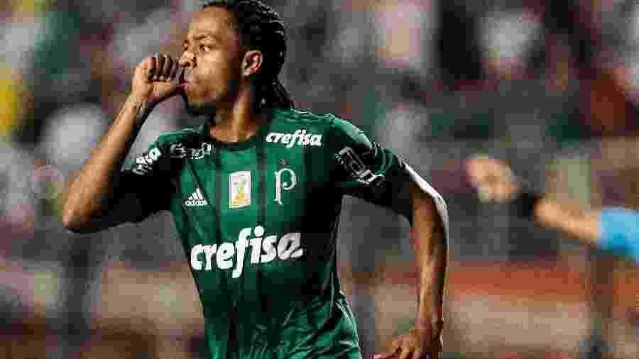 Keno comemora gol marcado para o Palmeiras contra a Ponte Preta - Ale Cabral/AGIF