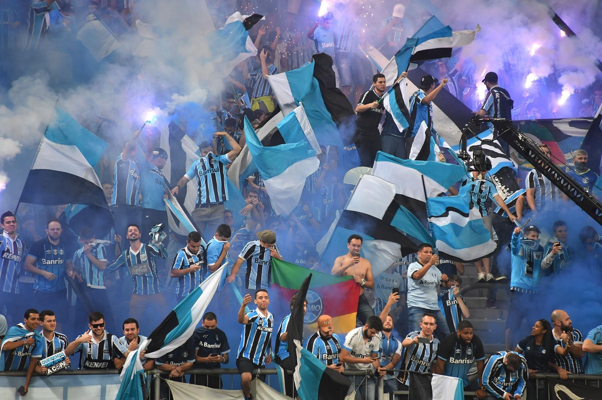 Grêmio tem novo crescimento de receita com prêmio de marketing - Esporte -  BOL ae949f0ab2146