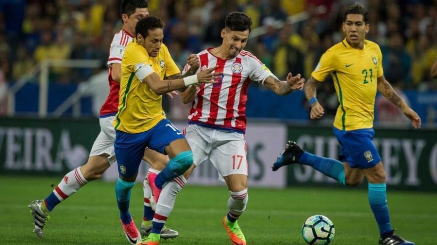 Brasil e Paraguai convocaram, cada um, três jogadores que atuam em clubes brasileiros - Eduardo Anizelli/Folhapress