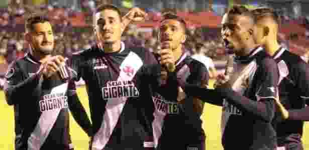 Jogadores do Vasco comemoram gol de Thiago Galhardo contra a LDU - Carlos Gregório Júnior / Vasco da Gama - Carlos Gregório Júnior / Vasco da Gama