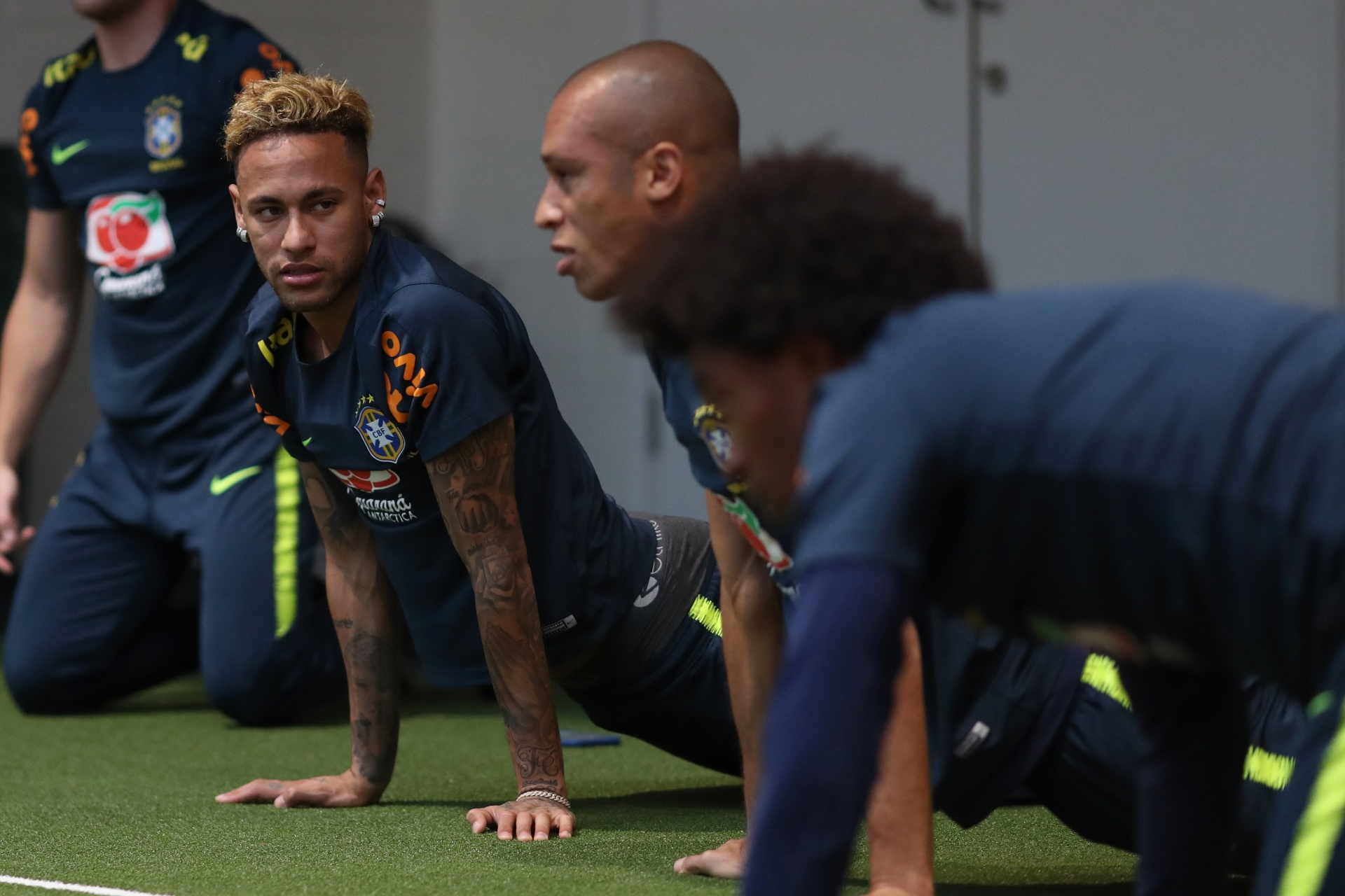Neymar Miranda seleção brasileira treino f43885dce7591