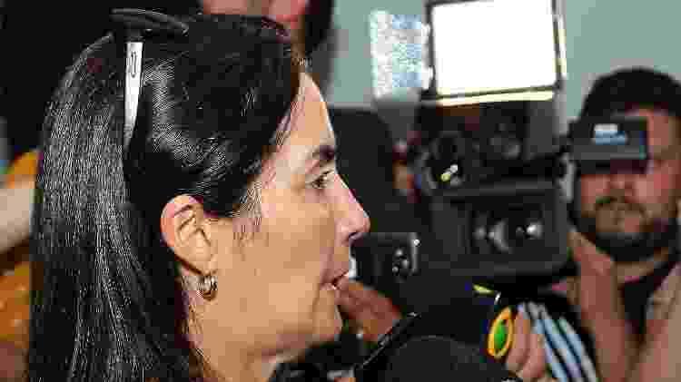 Eliana, mãe de Daniel, fala com a imprensa - GIULIANO GOMES/PR PRESS/ESTADÃO CONTEÚDO