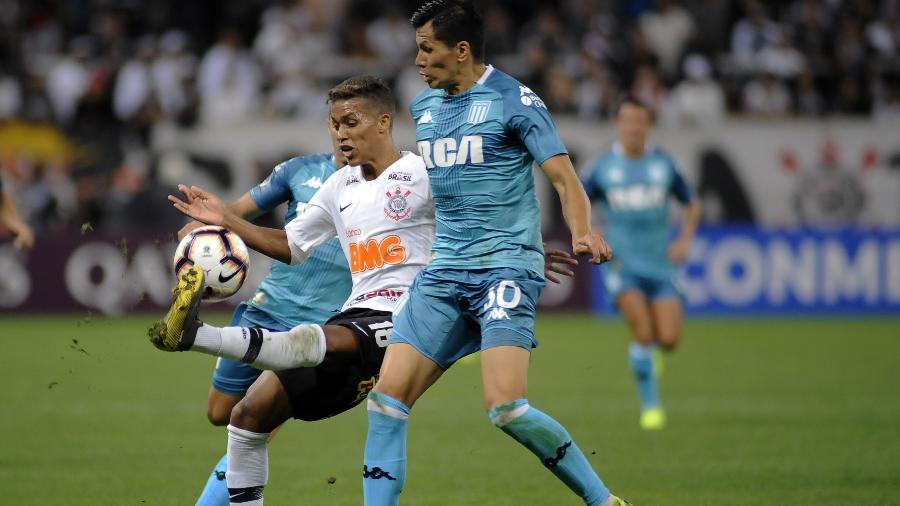 Importante no jogo de ida, Pedrinho deve ser titular hoje à noite contra o Racing, pela Copa Sul-Americana - Alan Morici/Ag. Corinthians