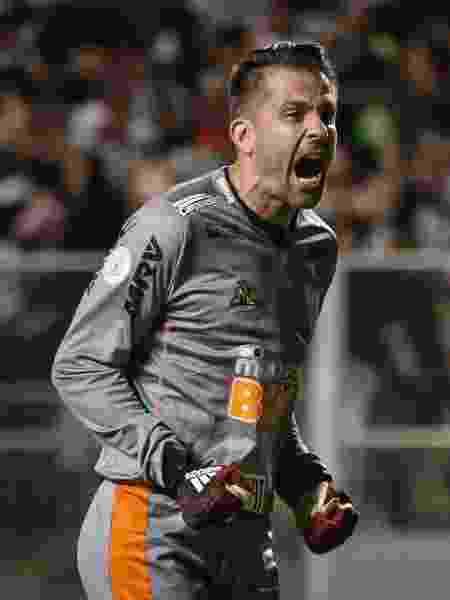 Victor, do Atletico-MG, comemora gol durante partida contra o Flamengo pelo Campeonato Brasileiro 2019 - Thomás Santos/AGIF