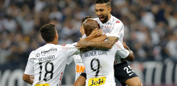 Corinthians Joga Bem Vence Wanderers E Abre Vantagem Na Sul