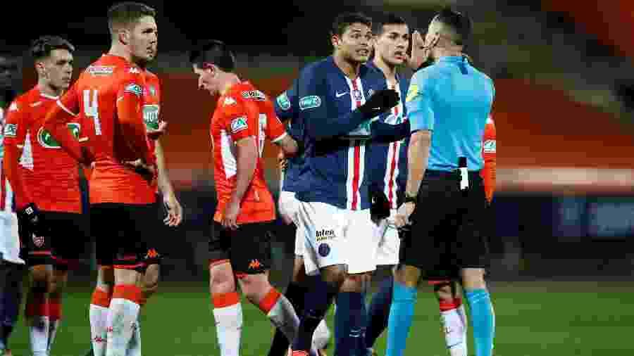 Thiago Silva durante partida entre PSG e Lorient pela Copa da França - Stephane Mahe/Reuters