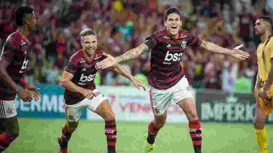 Atacante Pedro celebra gol marcado pelo Flamengo. Jogador deve iniciar final em Quito - Alexandre Vidal/Flamengo