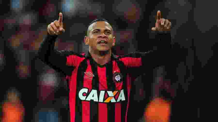 Walter foi campeão estadual pelo Athletico Paranaense em 2016 - Jason Silva/AGIF
