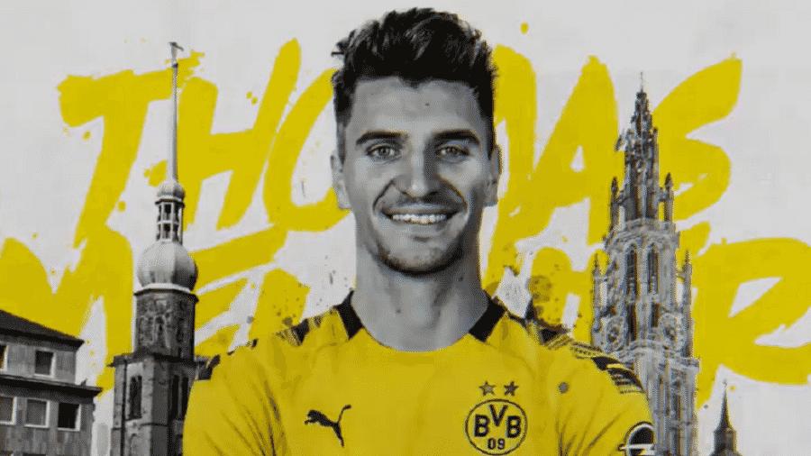 Meunier foi anunciado pelo Borussia Dortmund no fim do mês passado - Reprodução/Twitter