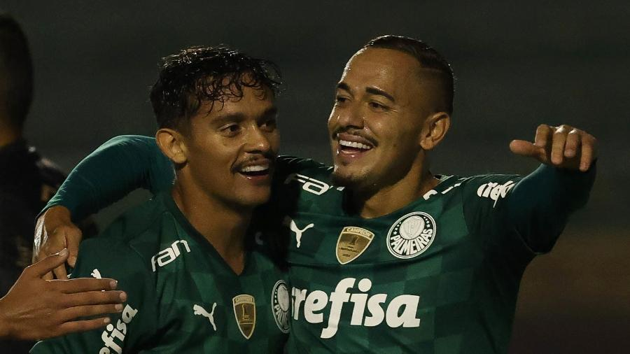 Gustavo Scarpa, do Palmeiras, comemora seu gol contra o Santo André, durante partida do Campeonato Paulista no Canindé - Cesar Greco/Palmeiras