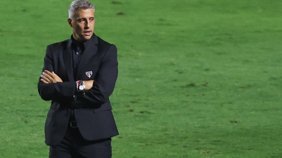 Técnico Hernán Crespo durante empate sem gols entre São Paulo e Atlético-MG, pela 22ª rodada do Brasileirão - Marcello Zambrana/Marcello Zambrana/AGIF