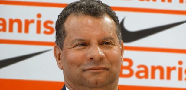 Ernando acredita que estilo linha-dura de Roth dará resultados no Inter