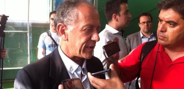 Segundo Walter Feldman (foto), autoridades prometem liberar corpos rapidamente para que o reconhecimento seja feito no Brasil - Bruno Freitas/UOL