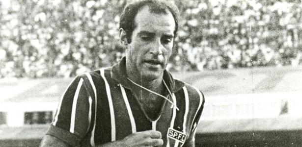 """Gérson nos tempos de jogador; """"Canhotinha"""" foi um dos craques da conquista do tri"""