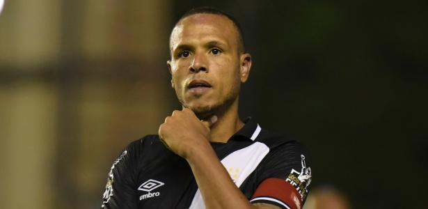 Luis Fabiano lidera artilharia vascaína no Campeonato Brasileiro