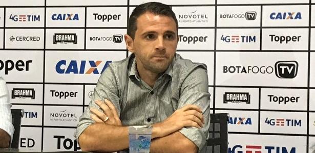 Montillo se aposentou no Botafogo em junho, mas pode voltar a jogar