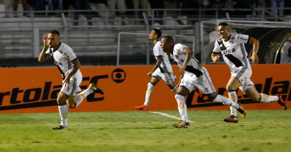 Jean Patrick comemora gol da Ponte Preta no Moisés Lucarelli