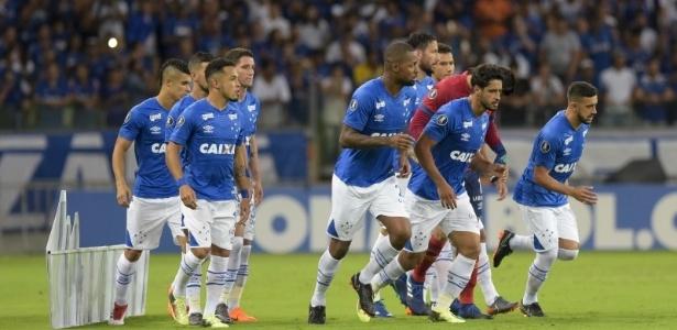 Cruzeiro precisa vencer a Universidad de Chile fora de casa para seguir na briga