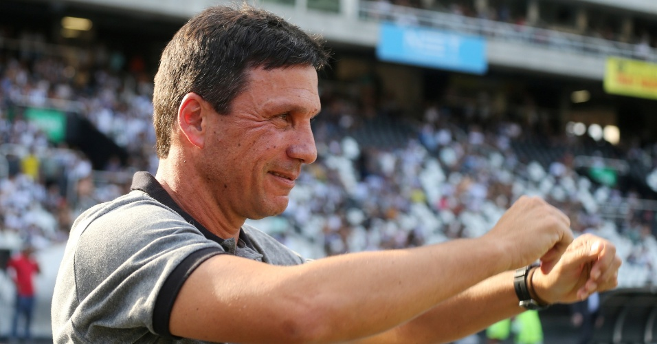 Zé Ricardo, técnico do Botafogo, antes da partida contra o São Paulo