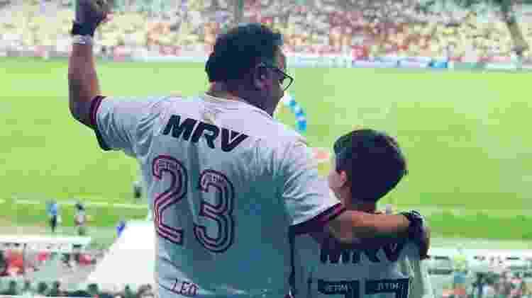 Leo Jaime e filho  - Reprodução/Facebook - Reprodução/Facebook