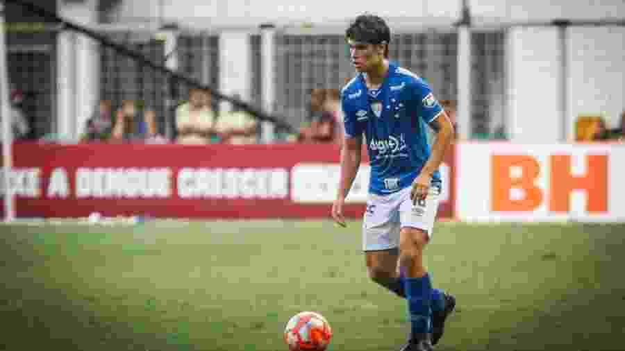 Dodô abandonou a lateral esquerda para virar meio-campista do Cruzeiro - Vinnicius Silva/Cruzeiro