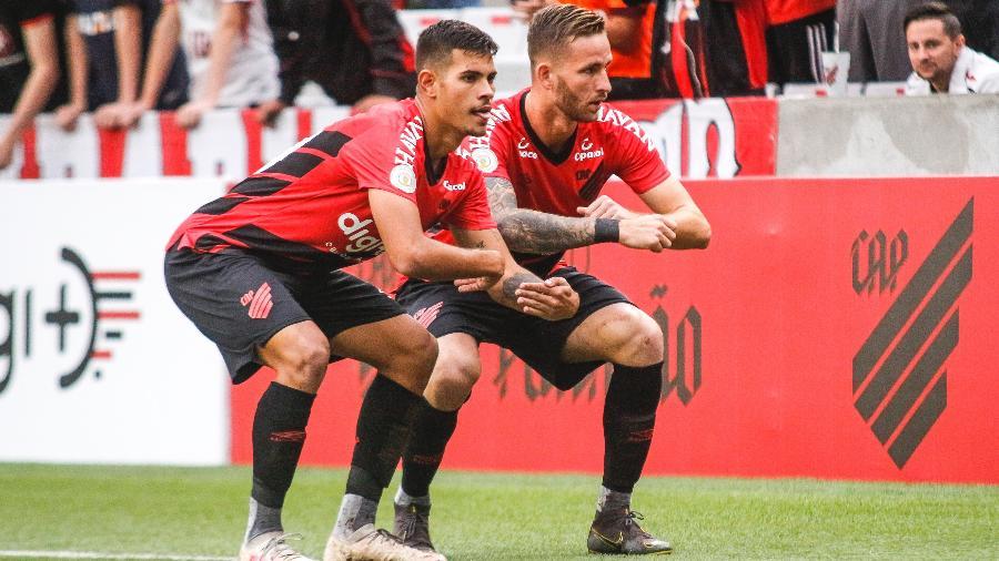 Bruno Guimarães e Léo Pereira são nomes que estão na mira da seleção brasileira - Gabriel Machado/Agif