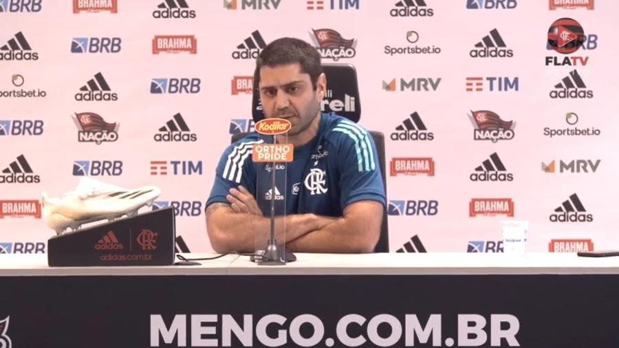 Departamento médico do Flamengo, chefiado por Márcio Tannure, agora cuida de três titulares de Rogério Ceni - Reprodução FlaTV