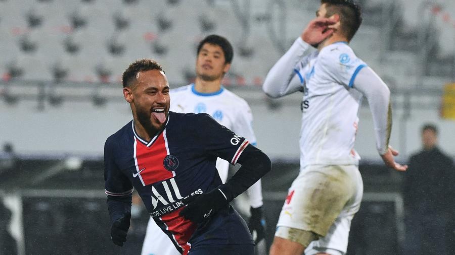 Neymar comemora gol do PSG contra o Olympique de Marselha, pela Copa da França - AFP