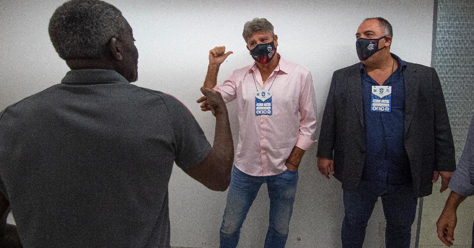Renato Gaúcho no Maracanã para acompanhar Flamengo e Chapecoense