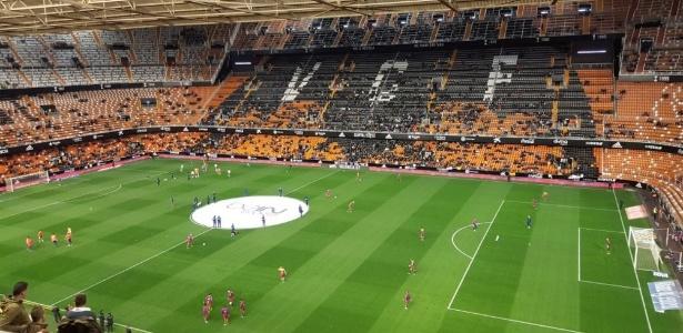 Estádio do Valencia ficou vazio após protesto de torcedores