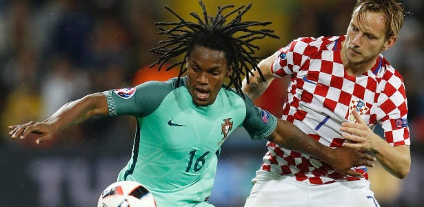Renato Sanches e Rakitic disputam lance em Croácia x Portugal na Eurocopa