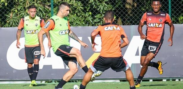 Lucas Pratto volta ao time titular do Atlético-MG contra o Internacional, pela Copa do Brasil