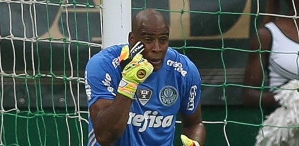 Substituto de Prass, Jaílson ganhou a confiança da torcida com boas defesas