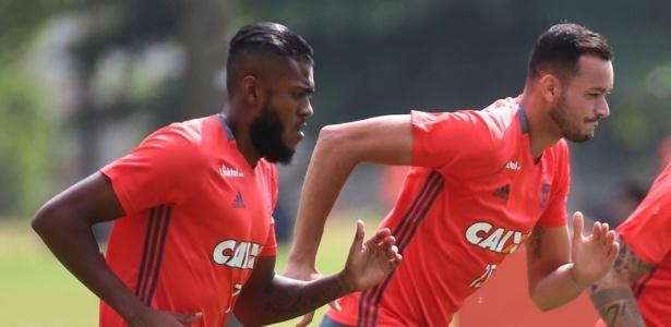 Marcelo Cirino e Réver podem resolver os problemas de Flamengo e Inter em 2017 - Gilvan de Souza/ Flamengo
