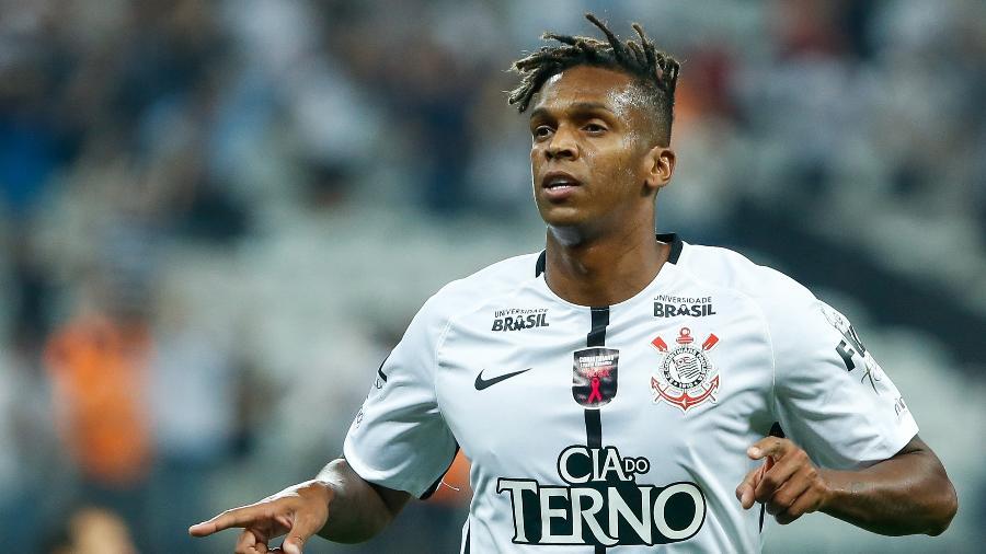 Decisivo, Jô marcou 25 gols em 61 partidas pelo Corinthians na temporada 2017 - Marcello Zambrana/AGIF